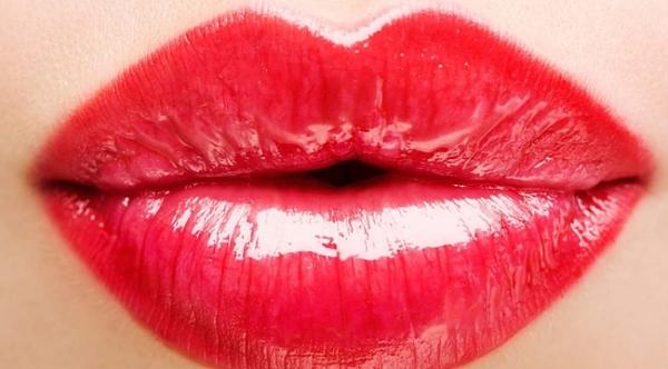 dogal-dolgun-dudaklar-icin- dudak dolgunlaştırma
