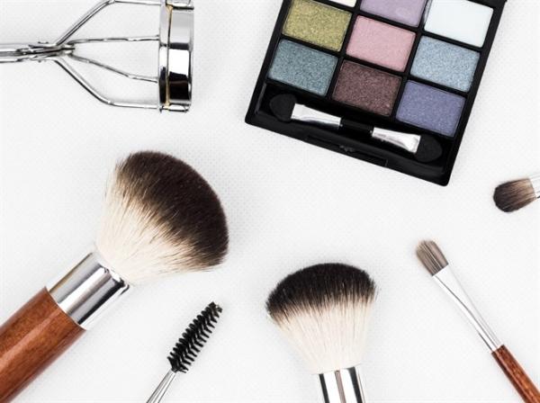 Makyaj Fırçalarını Nasıl Temizleyebilirim?