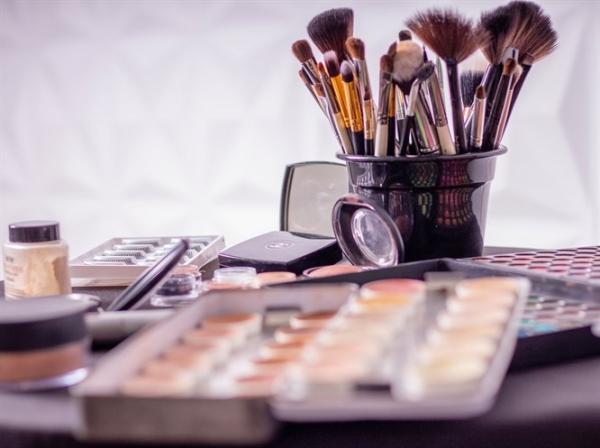 Makyaj Tüyolarıyla Mükemmel Makyaj Sanatı