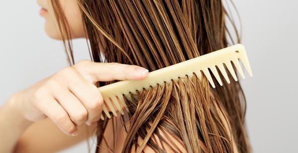 Yağlı Saçlar için Dengeleyici Maske: