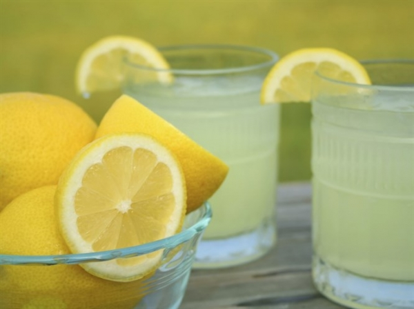 Limon Suyunun 10 Yan Etkisi