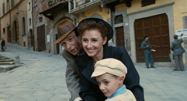 Genel Kültürünüzü Geliştirecek En İyi 10 Film - Hayat Güzeldir (1997)