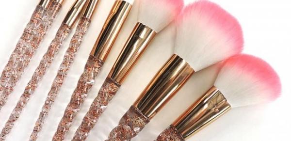Makyaj Fırçaları Nasıl ve Ne Sıklıkla Temizlenmeli?