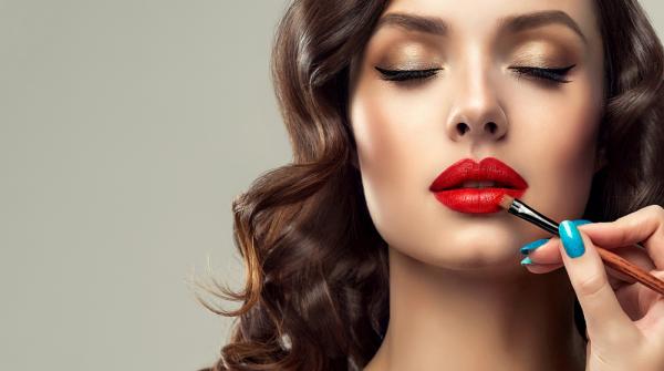 Baharı Yeni Makyaj Trendleriyle Karşılayın