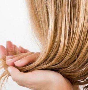 Bu hataya düşerseniz saçınız mahvoluyor! Saç yıkama sıklığıyla ilgili bilmeniz gerekenler