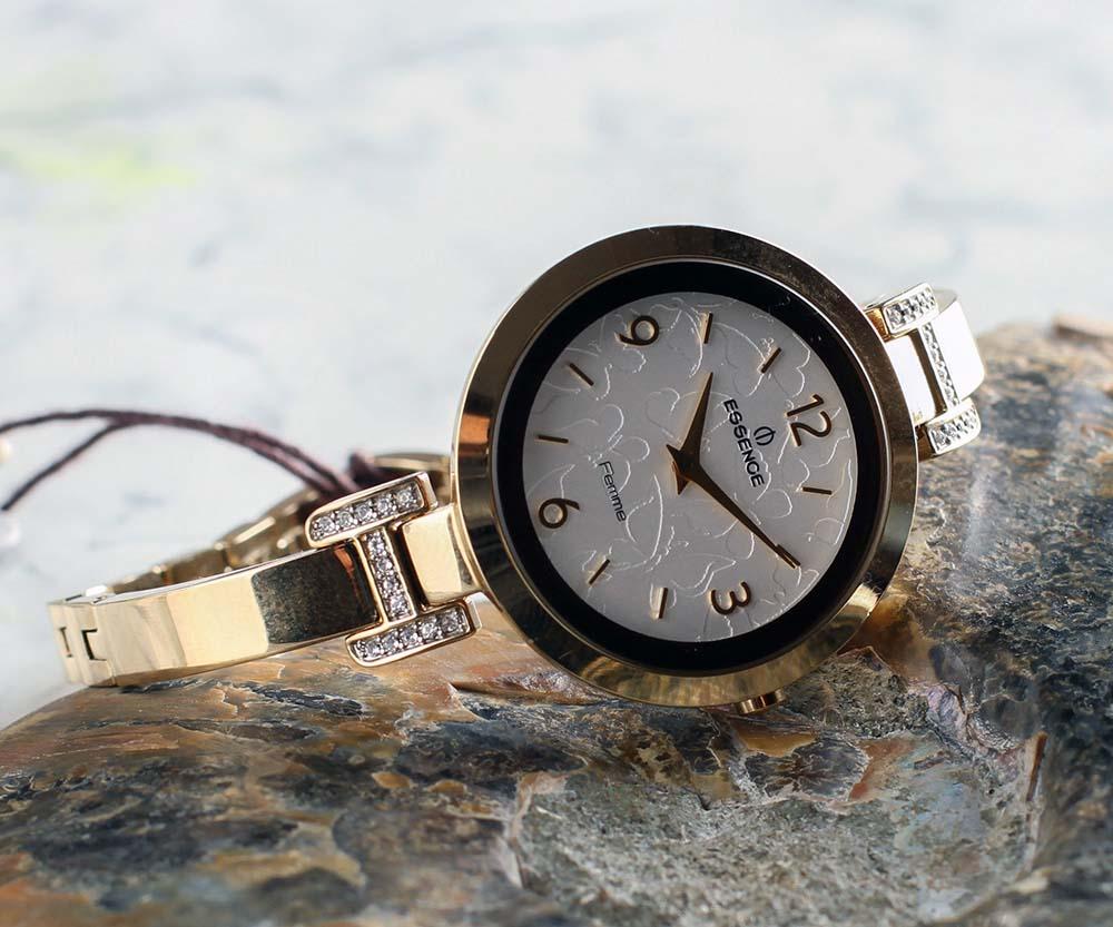 Kadın kol saati altin
