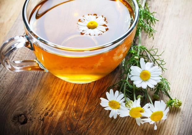 Ballı papatya çayı