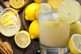 Bir ay boyunca içilen limonlu ılık su bakın ne işe yarıyor? Limon suyunun faydaları nelerdir?