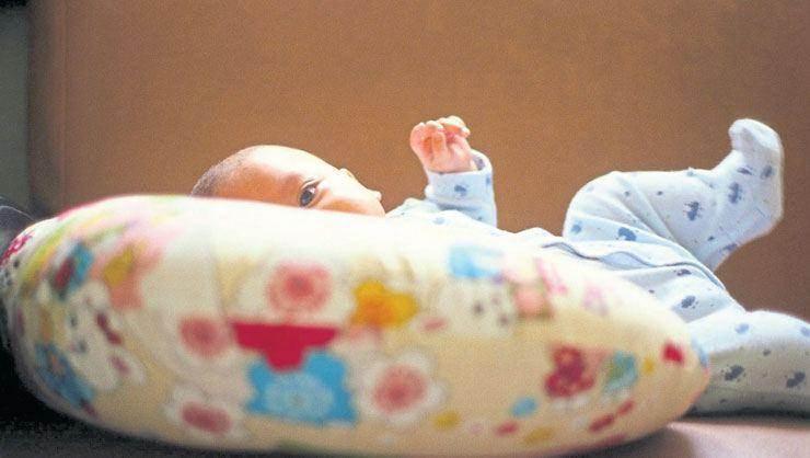 amerikada bebekleri öldüren yastık