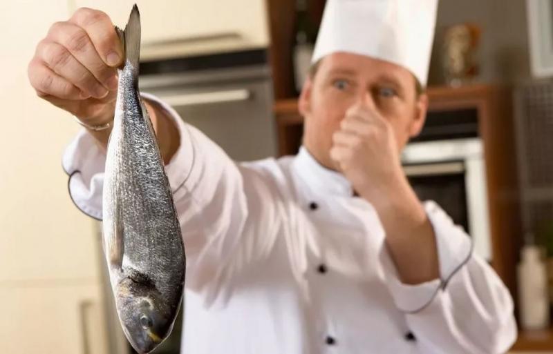 Balık kokusu elden nasıl çıkarılır