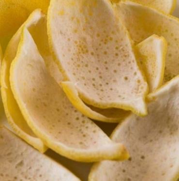 Limon kabuğunun faydaları nelerdir? Limonu kabuğuyla beraber yerseniz...